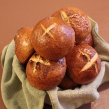The Food Desert Project: Pretzel Bread for Bread Bowls