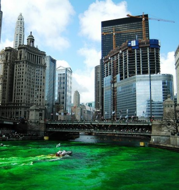 Chicago River Turns Green for St. Patrick's Day 2012: Best Places to View.