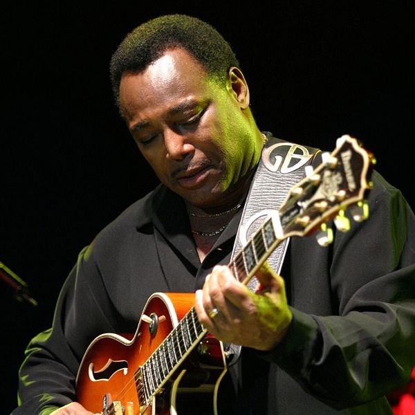Music Review - George Benson and Ritenour/Grusin at Ravinia