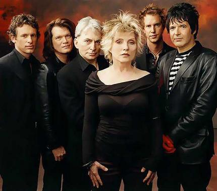 Blondie with The Handcuffs Live at House of Blues - 9/7/11 Chicago Concert Review