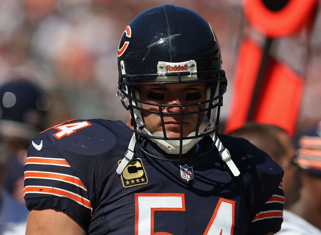 Time for fans to let Brian Urlacher go