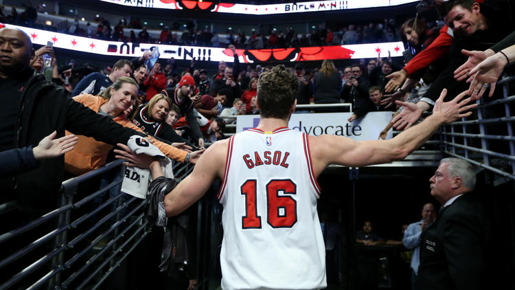 Gasol Carries Bulls To Win Over Nuggets