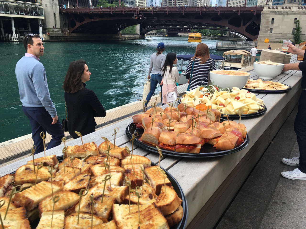 Chicago Tribune Food Bowl: a 3-week food and drink festival that explores Chicago's second to none food scene