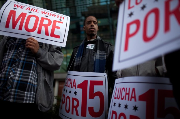 Low-wage workers use minority unionism to fight for $15 minimum wage