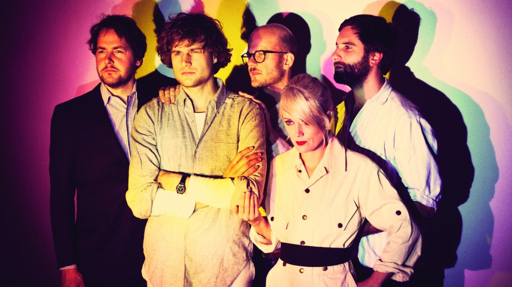 "Shout Out Louds Return To ""Ease"" Chicago's Mind"