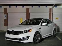 "The 2013 Kia Optima SXL. ""L"" stands for ""Limited."" A letter dictated by the fully loaded $35,000 price. Ouch!"