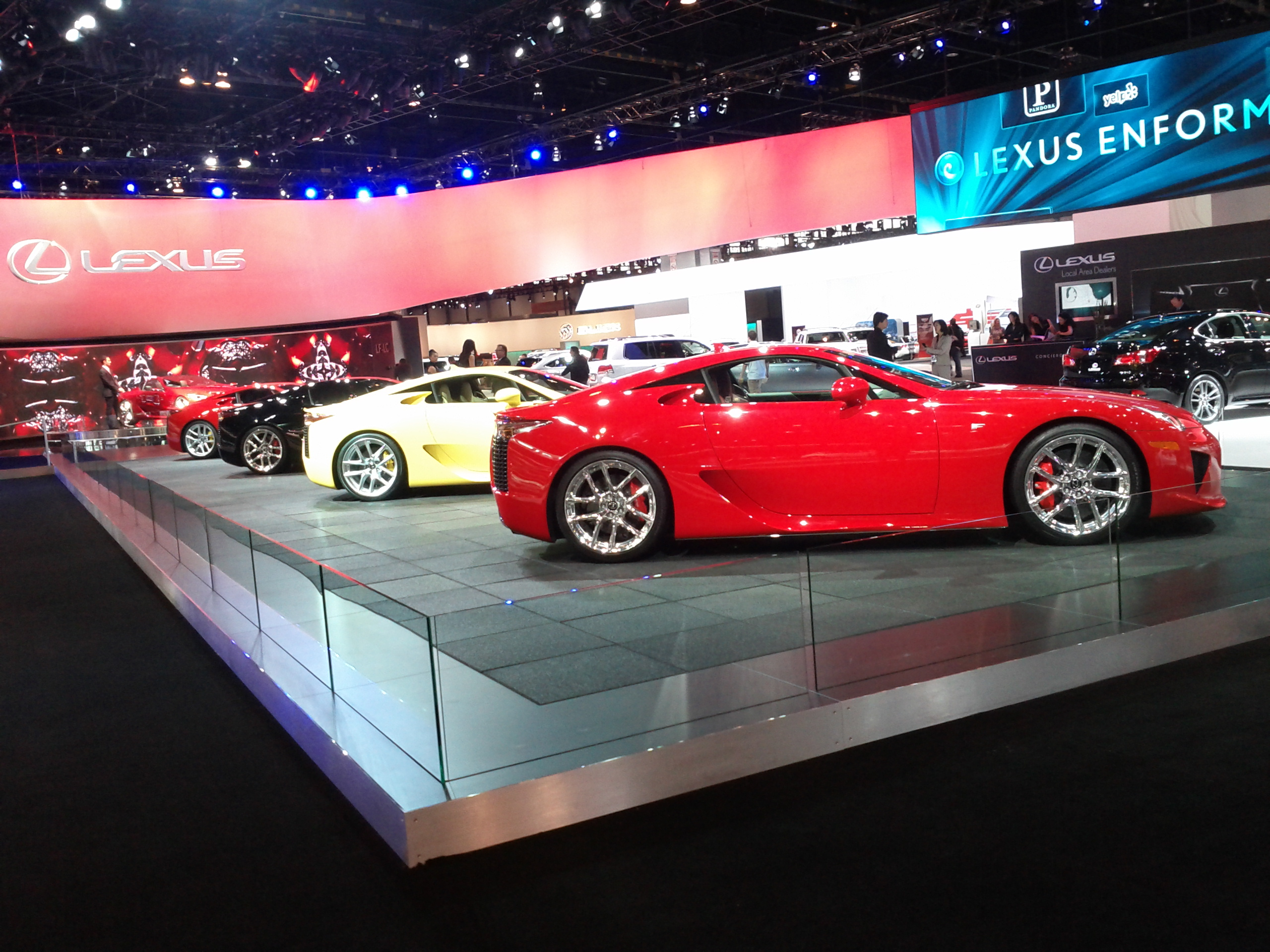 2014 Chicago Auto Show: Buy your Groupon now!