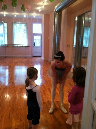 Free dance class at Baby Take a Bow