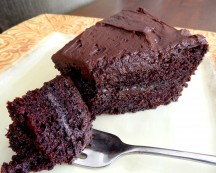 Chocolate Cake: The Little Black Dress of your Pantry