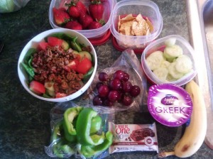 how to eat healthy: pack food