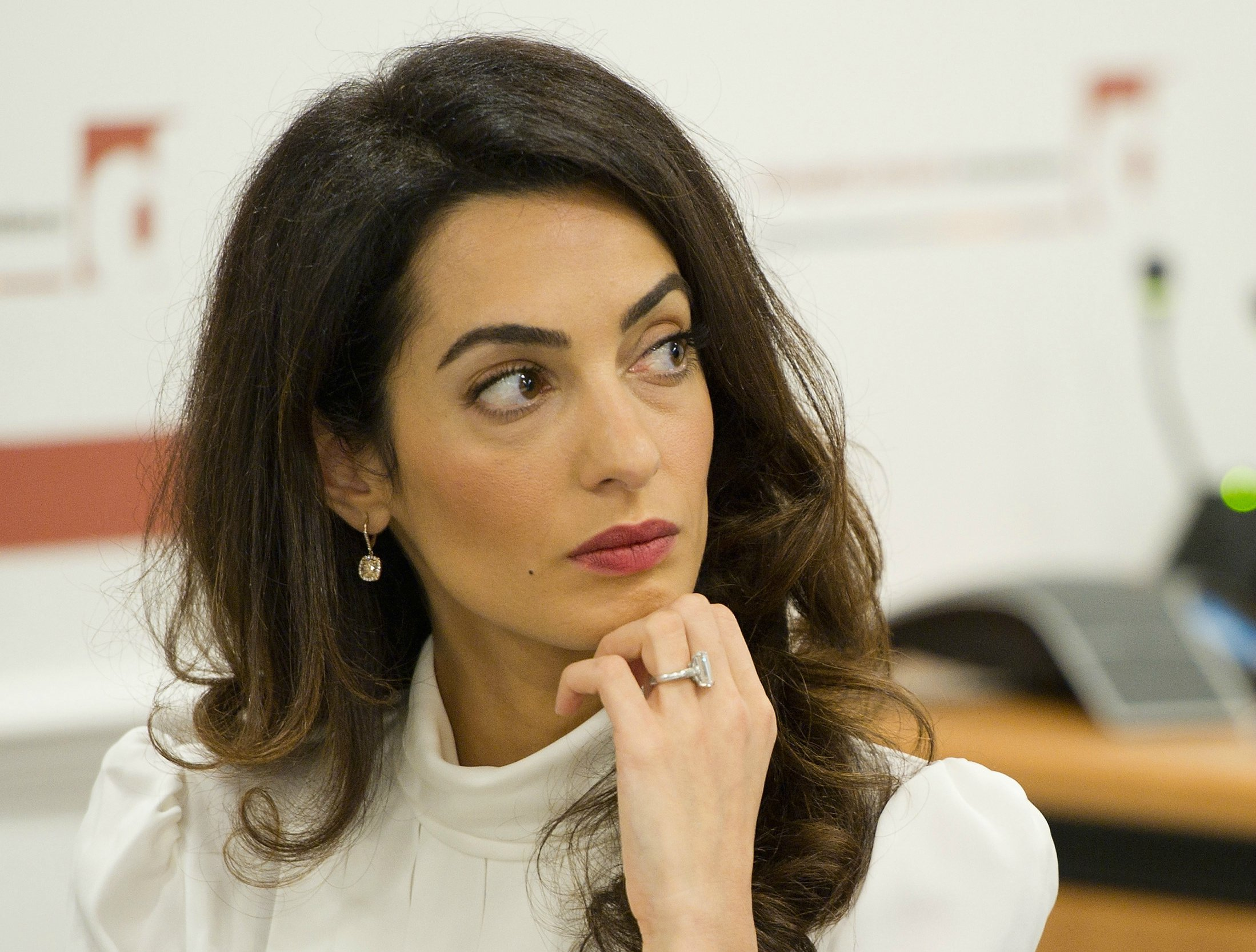 Hair Color Fix For Brunettes Inspired By Amal Clooney