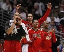 Bulls Kick Kings Down and Urinate All Over Them