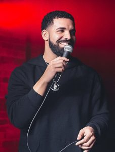 Drake performs at the Velvet Underground on August 24, 2017. (Photo credit: Anton Mak/Wikimedia Commons)