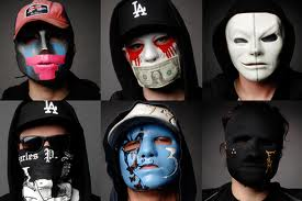 Who is Hollywood Undead and why do they wear masks?