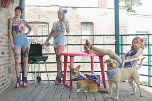 Dames a Dozen focused on vintage style, Chicago and their pets. What's better than summer fun on your back deck.