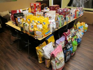 Pet food drives keep pets in their home. Veterinary Specialty Center in Buffalo Grove is collecting food for Nina's Pantry.