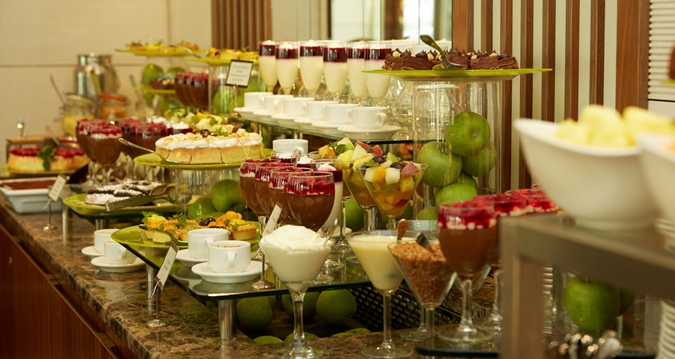 5 reasons why a hotel breakfast buffet is always a good idea for Buffet chicago but