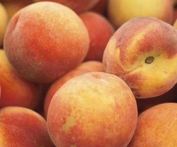 I hate bait-and-switch supermarket peaches