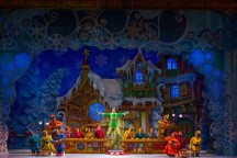 """Elf the Musical"" (Broadway in Chicago):  Candy Coated Cute"