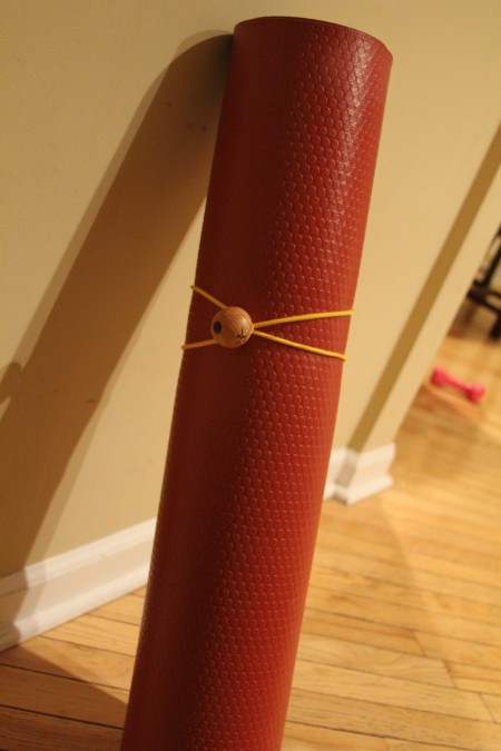 The Yoga Mat Tie: The easiest way to transport your yoga mat