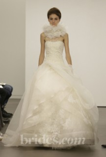 Vera Wang 2013 Fall Bridal Collection (photo credit: Brides.com)